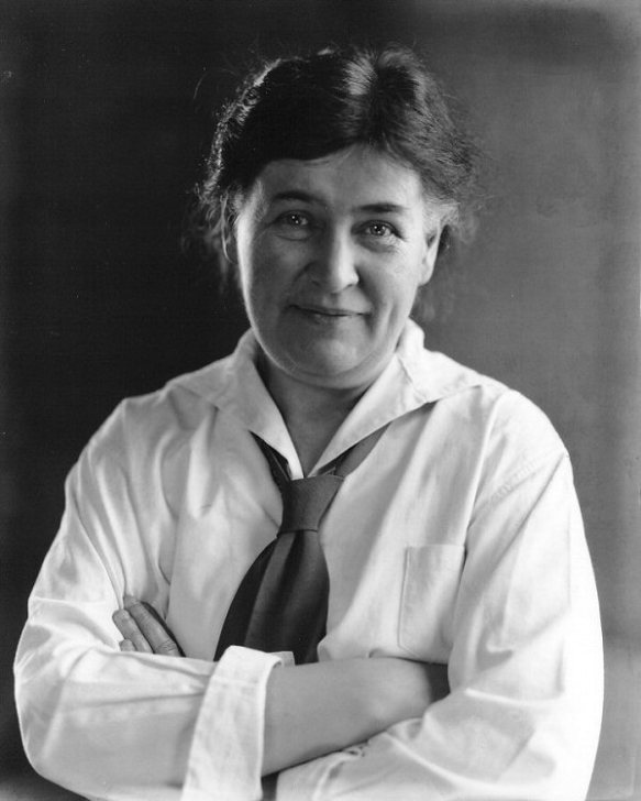 Willa Cather in 1926. Photograph by Edward Steichen.